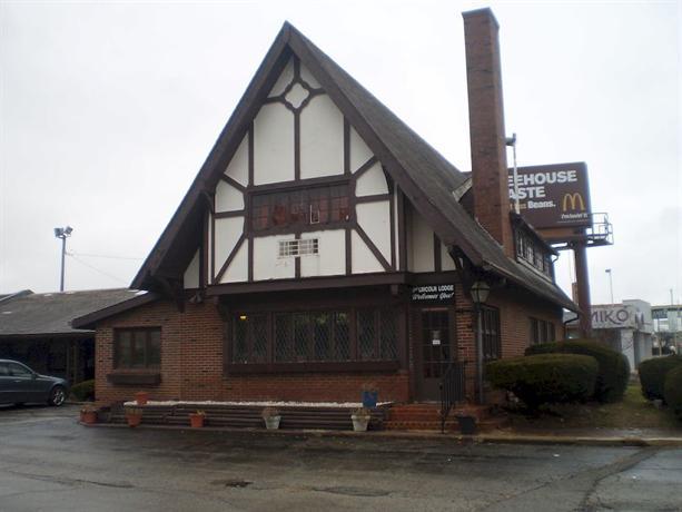 The Lincoln Lodge Urbana