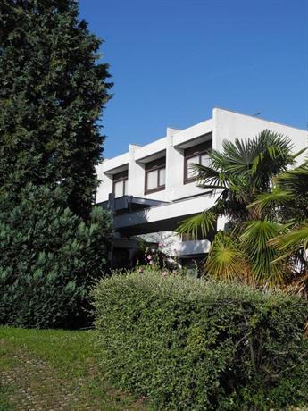 Hotel Villa Bellagio Blois by Popinns