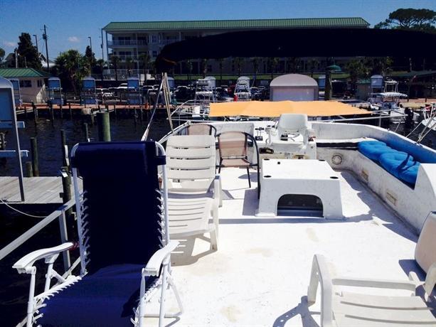Fort Walton Beach Houseboat