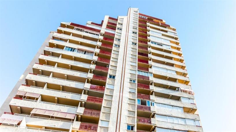 El Faro Aparthotel