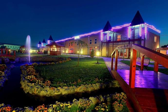 Queen hotel belgrade belgrado confronta le offerte for Hotel belgrado