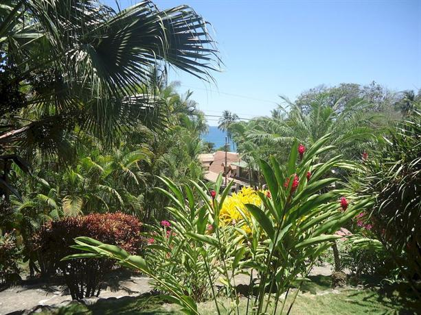 Hotel el jardin montezuma compare deals for Costa jardin