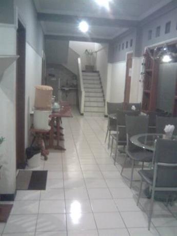 About Permata Guest House Semarang