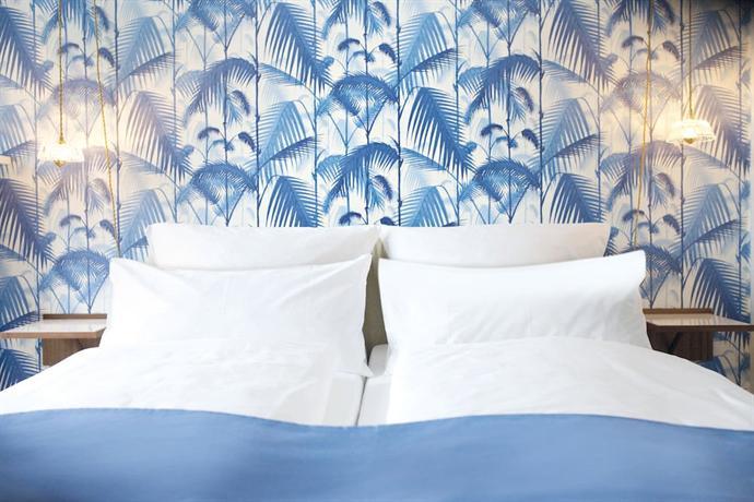 fritz im pyjama hamburg compare deals. Black Bedroom Furniture Sets. Home Design Ideas
