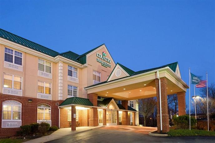 Country Inn & Suites by Radisson Newark DE