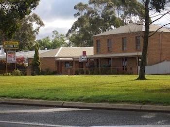 Rodney Motor Inn