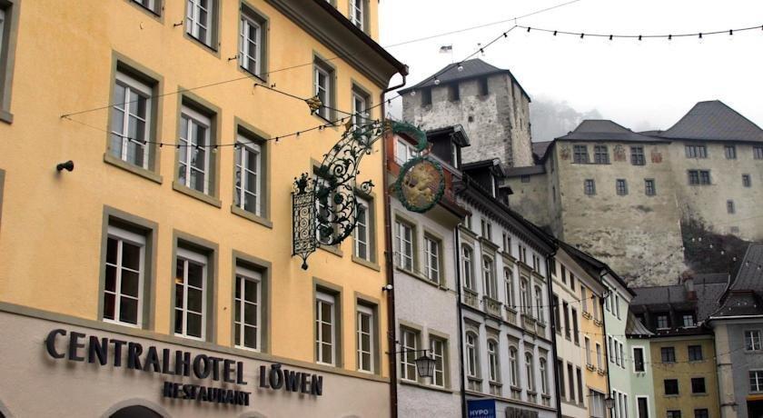Central Hotel Lowen