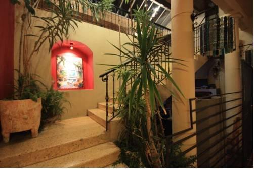 סוכנות הנסיעות קאסה מדרו (מלון) צילום של הוטלס קומביינד - למטייל (2)