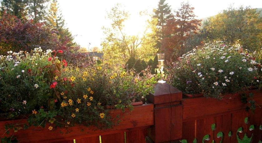 les jardins de sophie xonrupt longemer compare deals. Black Bedroom Furniture Sets. Home Design Ideas
