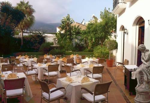 Casa jardin nerja compare deals for Casa jardin nerja