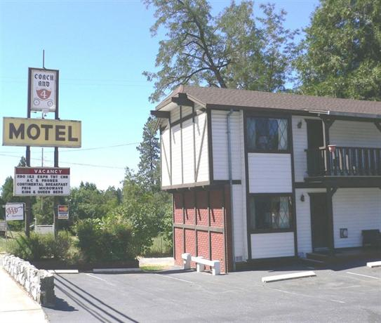 Coach N' Four Motel