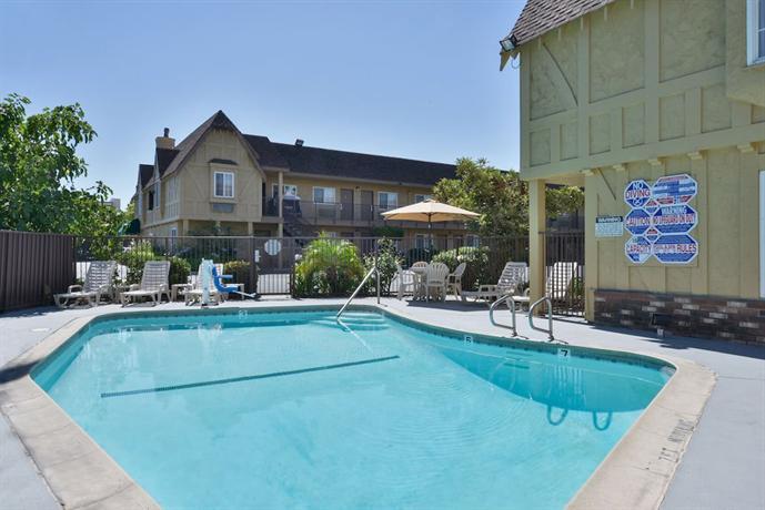 Hotels In San Bernardino On Hospitality Lane