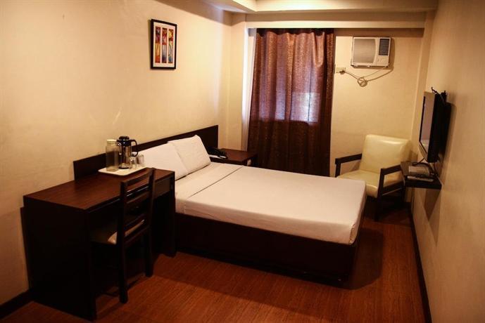 De luxe hotel cagayan de oro compare deals for Hotel de luxe