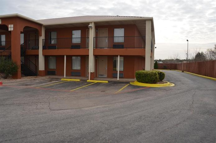 Country Hearth Inn & Suites Sweetwater