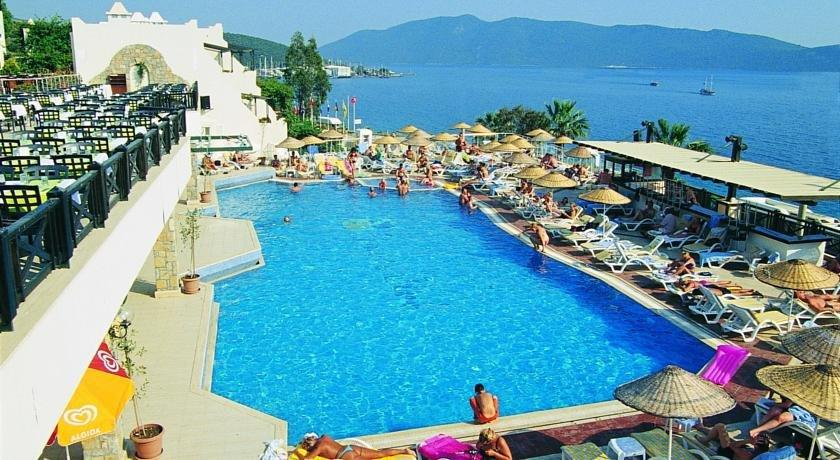 Club forever hotels bodrum for Les prix des hotel