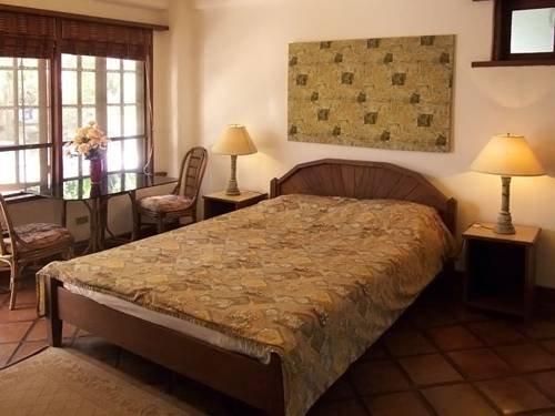 Guest Friendly Hotels in Puerto Galera - Portofino Beach Resort