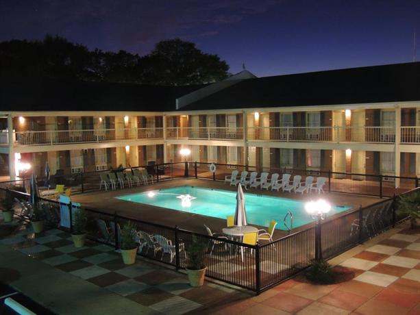 Guesthouse Inn & Suites Gainesville Georgia
