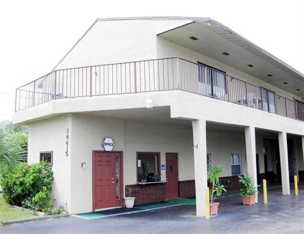 Sebastian Inn and Suites