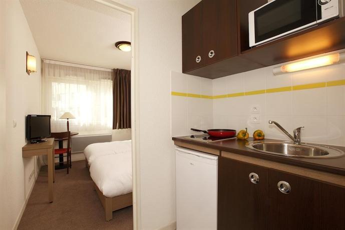 Appart 39 city le mans centre compare deals for Appart hotel zenitude
