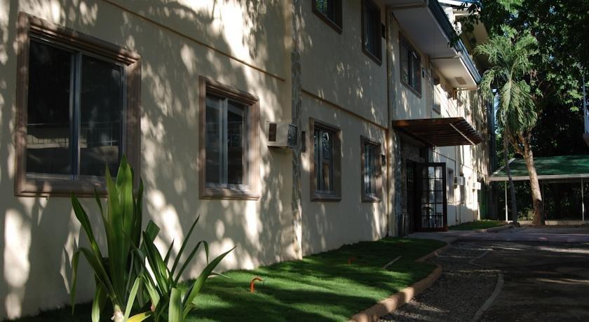 Park Hill Mactan Hotel