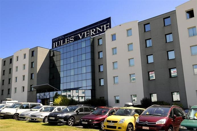 H tel jules verne futuroscope hotels chasseneuil du poitou for Hotels futuroscope