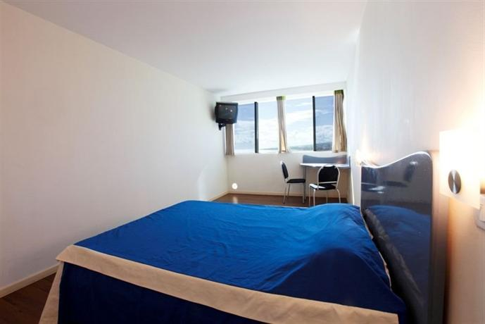 Residence hoteliere le lancastel saint denis compare deals for Residence hoteliere