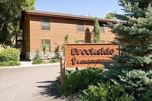 Brookside condo by jackson lodging company confronta le for Stazione di jackson hole cabin