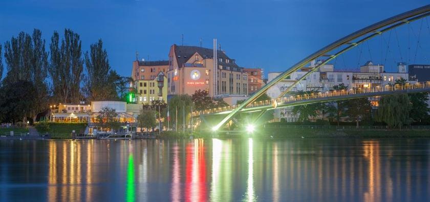 Hotel Maximilian Weil am Rhein - Compare Deals