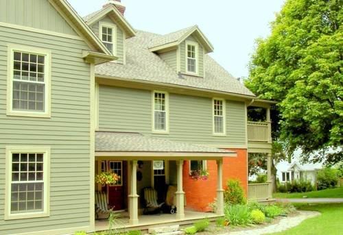Hilton Garden Inn Niagara-on-the-Lake - Compare Deals
