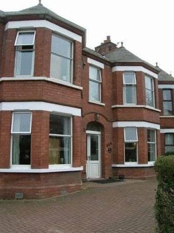 All Seasons Guest House Belfast צילום של הוטלס קומביינד - למטייל (1)