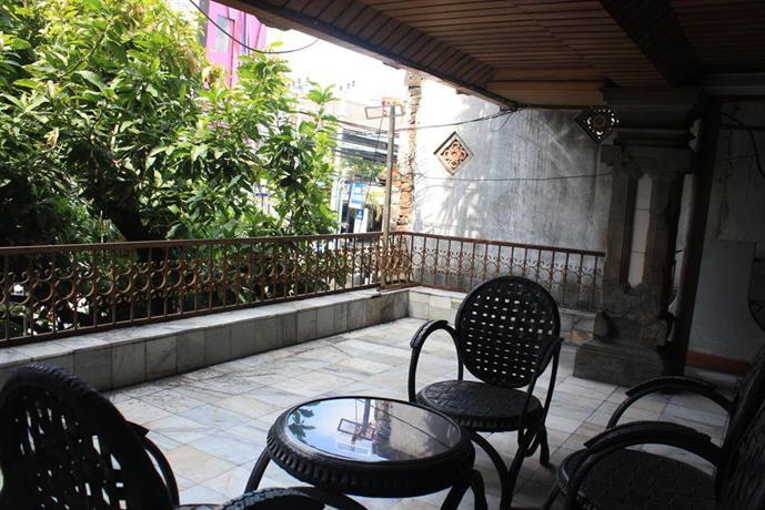 hotel puri royan denpasar compare deals. Black Bedroom Furniture Sets. Home Design Ideas