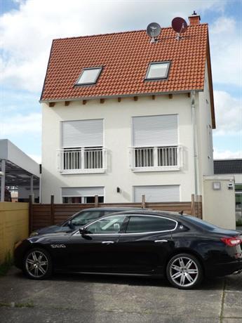 Naam Apartment Frankfurt Frankfurt Am Main Compare Deals