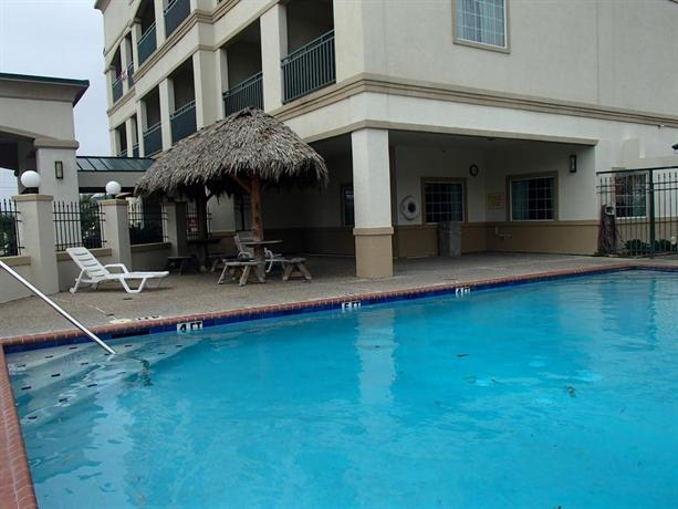 Baymont inn suites galveston compare deals for The baymont
