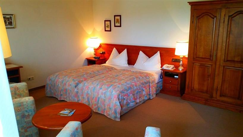 Appartment Hotel Holzl Grunwald Compare Deals