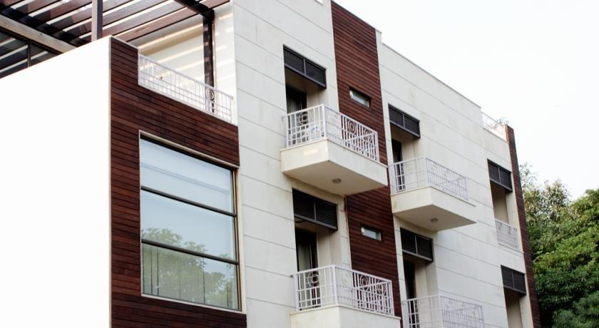 Hotel Stately Suites - MG Road