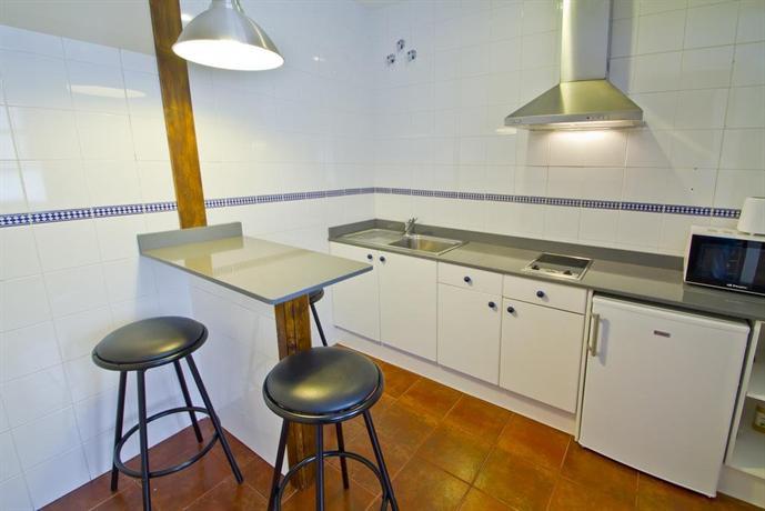 Apartamentos capriccio santillana del mar die g nstigsten angebote - Apartamentos capriccio santillana del mar ...