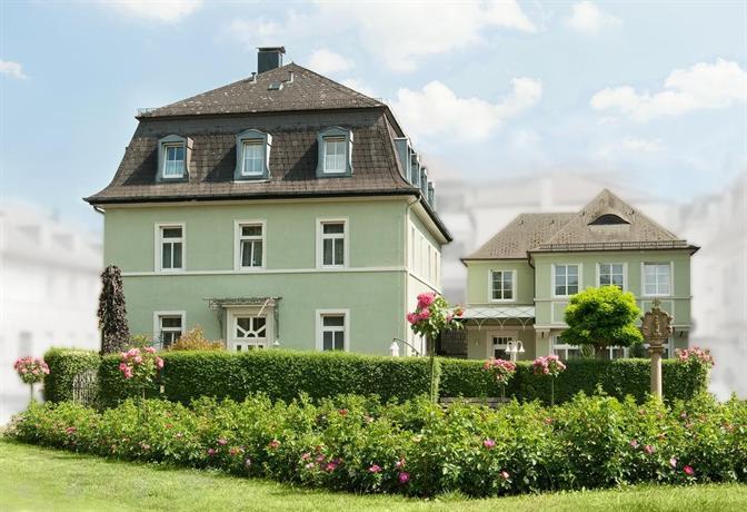 pension nordland bad kissingen compare deals. Black Bedroom Furniture Sets. Home Design Ideas