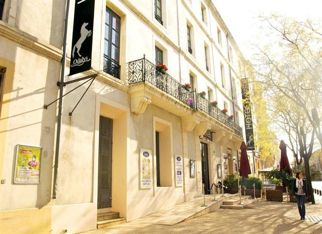 Appart 39 hotel odalys le cheval blanc nimes compare deals for Appart hotel odalys
