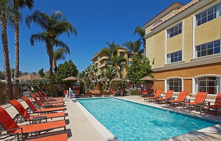 portofino inn suites anaheim hotel compare deals. Black Bedroom Furniture Sets. Home Design Ideas