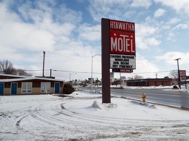 Hiawatha Motel