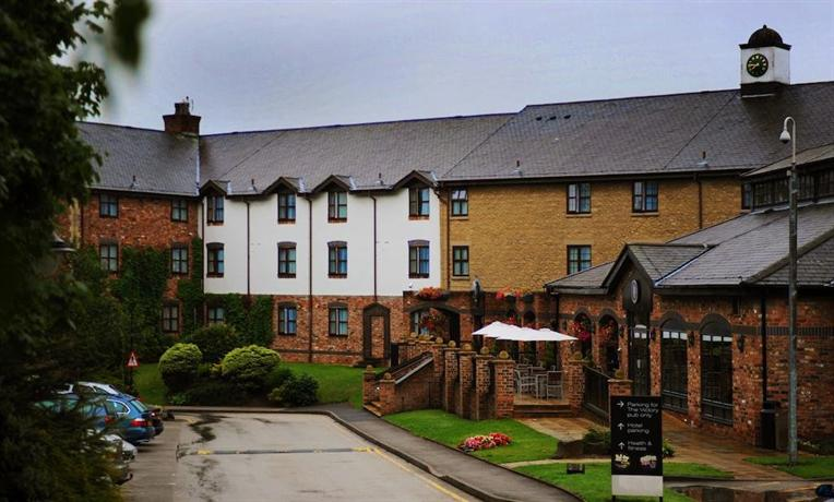 Village Urban Resort Liverpool