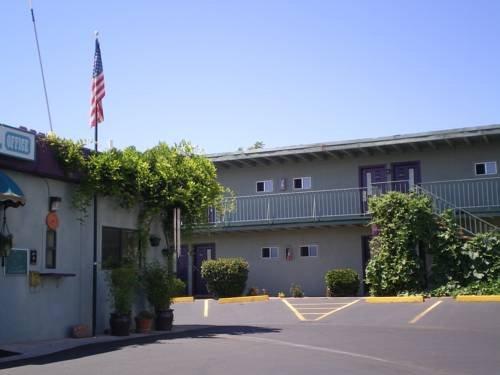Whitehouse Inn