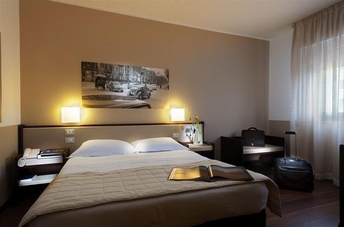Hotel Astoria Palermo Via Montepellegrino