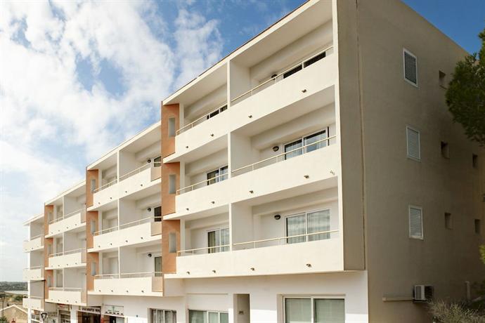 Apartamentos Paya