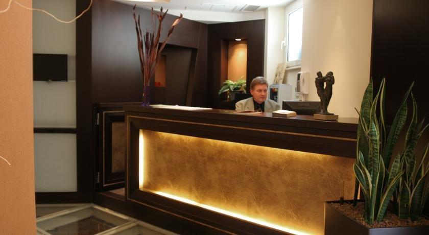 Hotel Latinum Rome Compare Deals