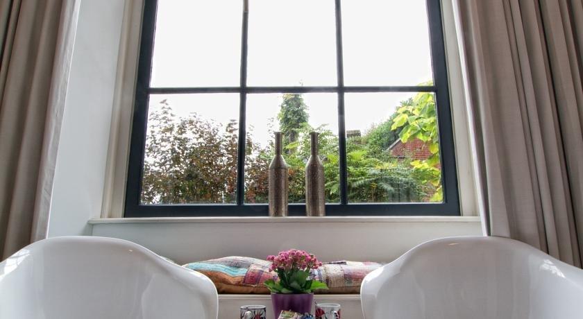 bed and breakfast haarlem 1001 nacht compare deals. Black Bedroom Furniture Sets. Home Design Ideas