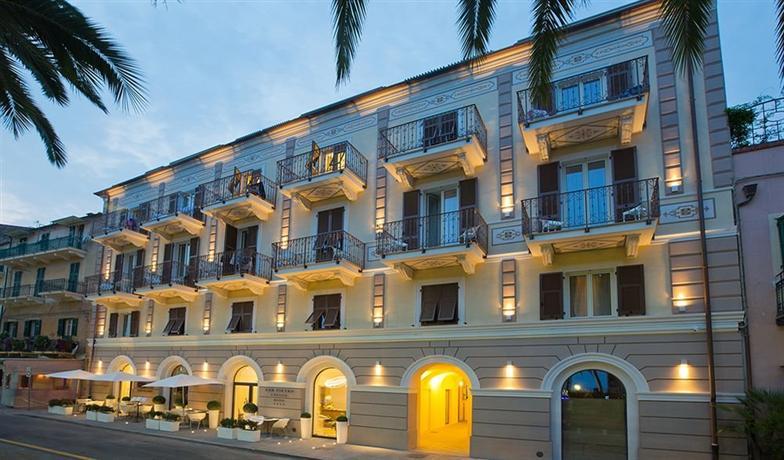 Hotel san pietro palace finale ligure offerte in corso for Hotel liguria milano