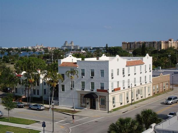 The Pershing Suites West Palm Beach