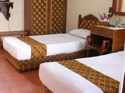 Istana Batik Ratna Hotel Yogyakarta  Compare Deals