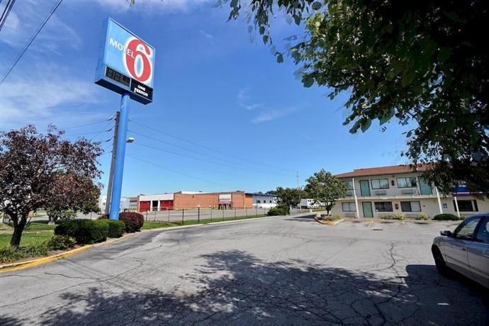 Motel 6 Indianapolis - East